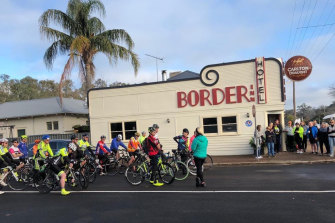 The annual cycle race ahead of the Apsley Cup on the June long weekend.