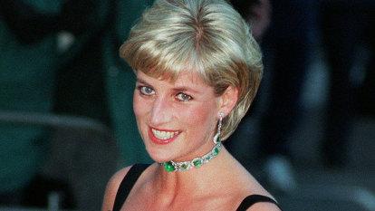 Controversial reporter Martin Bashir leaves BBC amid Princess Diana investigation