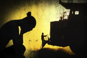 Sexual harassment at mining camps has been put under the WA parliament's microscope.