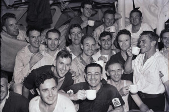 Members of the crew of the HMAS Sydney, upon their arrival at Circular Quay in Sydney. February 10, 1941.