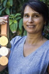 North Stradbroke Island artist Delvene Cockatoo-Collins, who designed the Commonwealth Games medals, has thrown her support behind the Meeanjin Markets.