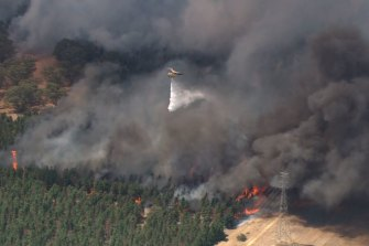 Air crews battle the flames in the Shire of Gingin.