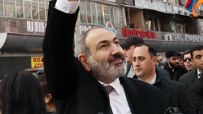 'Nikol, you traitor!' crowds chant as Armenian PM slams 'coup attempt'