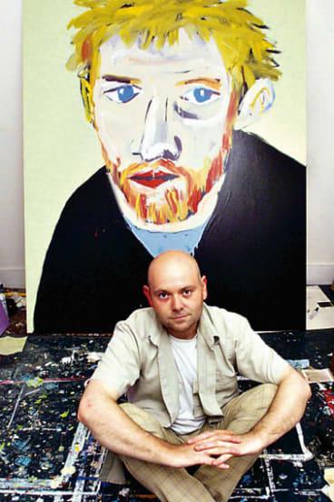 Adam Cullen in 2000 with the Archibald-winning portrait of actor David Wenham.