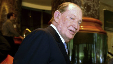Kerry Packer was known for bringing excitement to the Melbourne Cup Call of the Card.