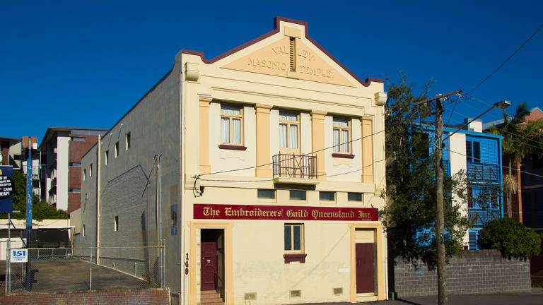 The small yellow building purchased by the Embroiderers' Guild of Queensland in the mid 1980s.