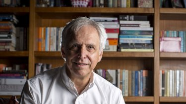 Readings books owner Mark Rubbo says it is imperative for Victorian lockdown measures to be relaxed by the end of October.