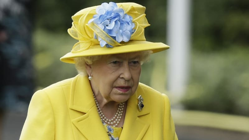 Queen Elizabeth's longtime doctor Peter Fisher killed riding bike to work