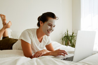 Online consultations give us an opportunity to get on top of skin concerns  in lockdown.