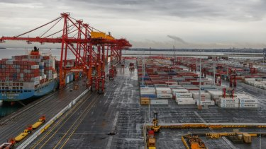 Critics say Sydney's Port Botany container terminal is restricted from competition by clauses in its privatisation deed.