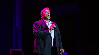 Philip Quast bares his heart in affable Sydney Festival cabaret show