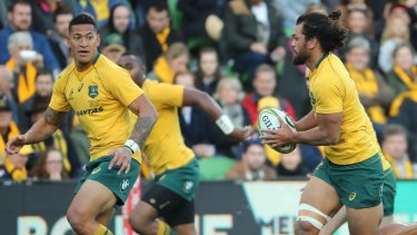 Israel Folau and Karmichael Hunt in action for the Wallabies in 2017 against Fiji.
