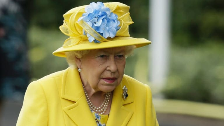 Queen Elizabeth's pay rise is below inflation.