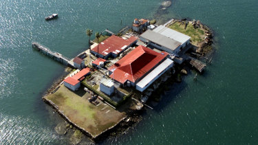 Between the wars Snapper Island was converted into a youth nautical training facility, its surface flattened by rock-blasting, and stone seawalls sculpted to create the shape of a ship.