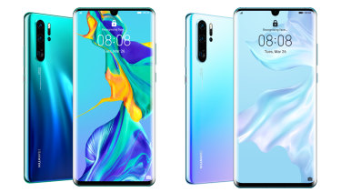 "The P30 Pro in ""Aurora"" and ""Breathing Crystal"" designs."