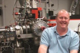 Erik Hauri in the lab at Carnegie's Department of Terrestrial Magnetism.