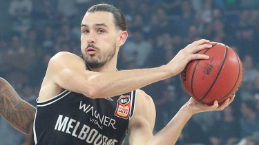 Melbourne United skipper Chris Goulding has been named in the Boomers 17-man World Cup squad.