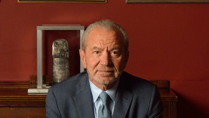 British billionaire and TV host Alan Sugar allowed to quarantine privately