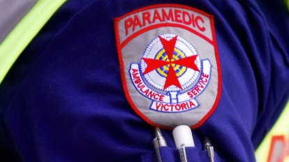 Triple 0 mental health calls in Victoria to be answered by paramedics not police, Andrews confirms