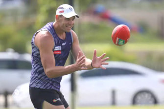 Aaron Sandilands will be a mentor to Fremantle's young ruckmen.