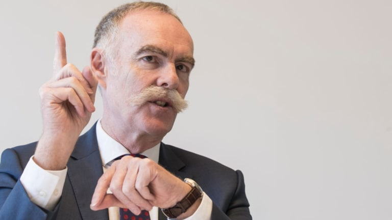Australian Super chief executive Ian Silk says the NAB vote 'sends a clear message to boards that such schemes where they lose any long-term performance testing are not acceptable to most shareholders'.