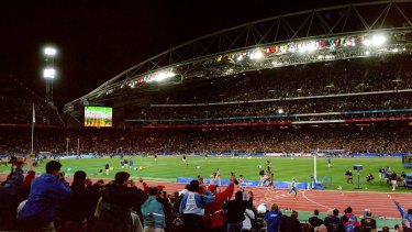 A stadium, a nation and the world watch Cathy Freeman win the 400 metres final.