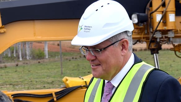 Bulldozers begin major earthmoving job at Sydney's second airport site