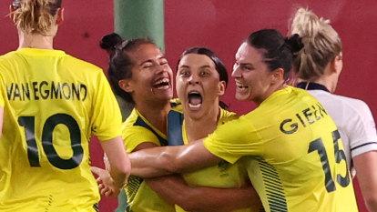 Kerr strikes twice in seven-goal thriller as Matildas seal semi-final spot
