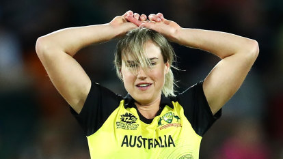 'She's not a walk-up start': Perry's days in T20 side could be numbered, says Sthalekar
