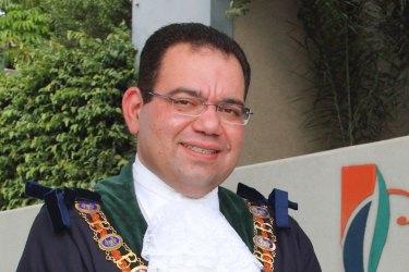 Casey councillor and former mayor Sam Aziz.