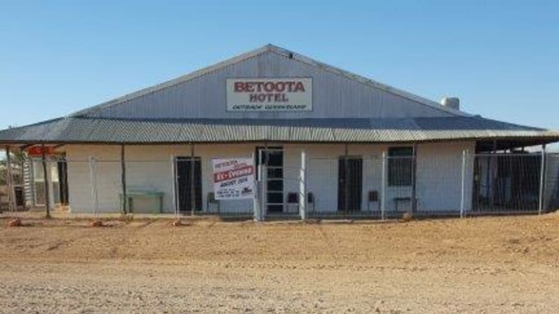 Betoota Hotel to reopen after 20 years in a town with no people