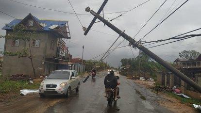 Hurricane Iota's devastation comes into focus in storm-weary Nicaragua