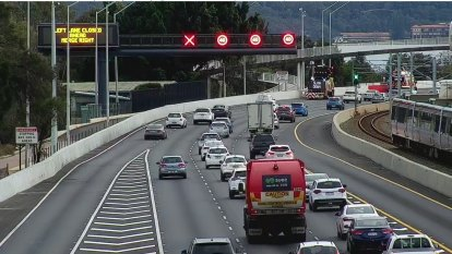 A smart move: Kwinana Freeway upgrade shaves time off southern commute on debut