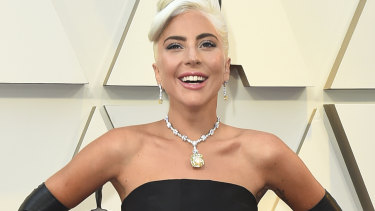 Lady Gaga arrives on the red carpet at the 91st Academy Awards.