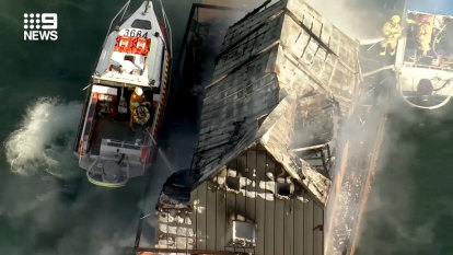Luxury Palm Beach houseboat hotel 'totally destroyed' in fire