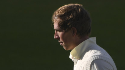 England frustrated with umpiring inconsistency in Ahmedabad Test