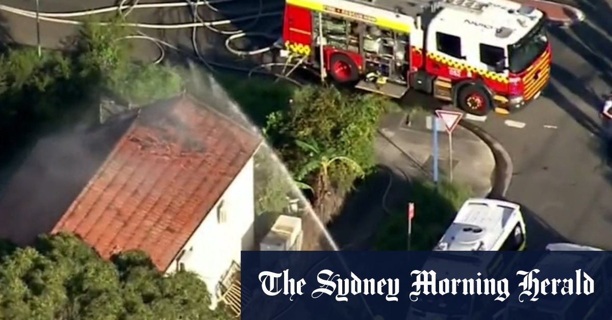Woman dead teens pulled from house fire in Sydney's south-west – Sydney Morning Herald