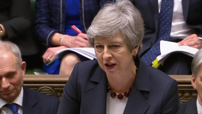Desperate May tries new 'halfway house' tactic to get Brexit done