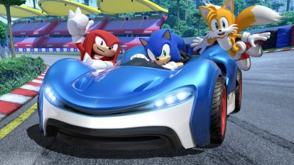 Sonic takes on Mario Kart in a fun (but bumpy) ride