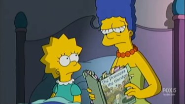 Lisa and Marge Simpson reading 'politically correct' The Princess in the Garden book.