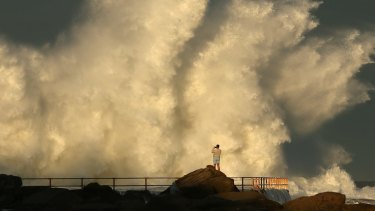 Dangerous surf warning for NSW coastline, including Sydney