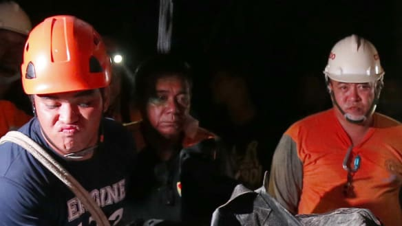 Survivors send texts from under debris after new Philippines landslide