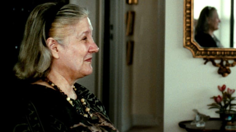 Beryl Hardy Nisbett was pictured in her apartment  in 2001.