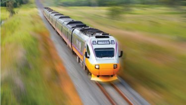 The federal government has pledged to create a fast rail link between Melbourne and Geelong.