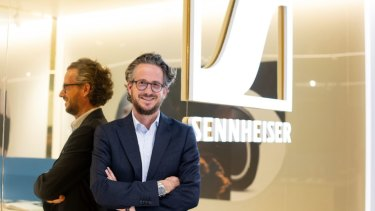 Daniel Sennheiser's sales and marketing expertise fits well with his brother's engineering background.