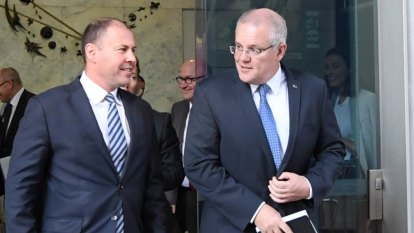 Treasurer backs banking regulator's plan to scrap key home loan rule