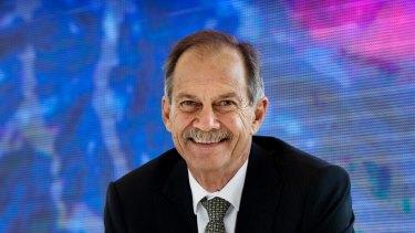 Professor Peter Klinken.
