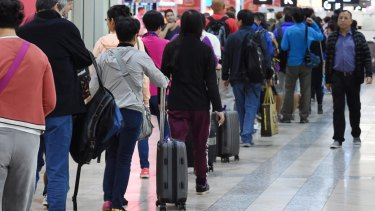 Australian Border Force staff say air passengers will face long queues as the agency scrambles to fill workforce gaps.