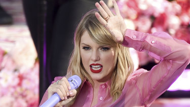 The announcement of Taylor Swift's Melbourne Cup performance had boosted ticket sales to the race meeting.