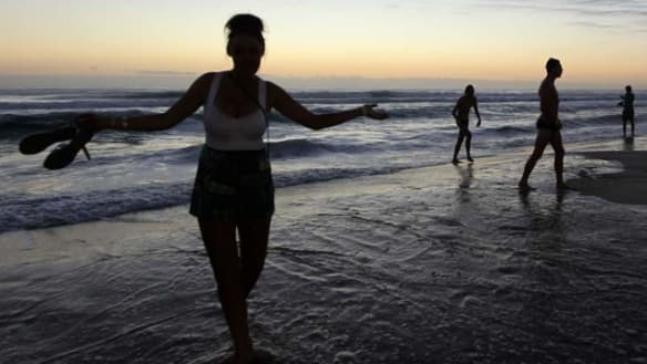 Infection 'without symptoms' health warning to schoolies